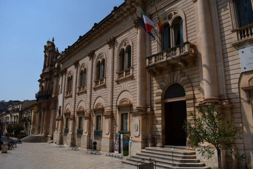 Il Municipio di Scicli
