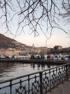 Il lago di Como con vista città