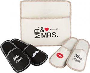 Cosa regalare a San Valentino: CIABATTE MR. & MRS. DA VIAGGIO