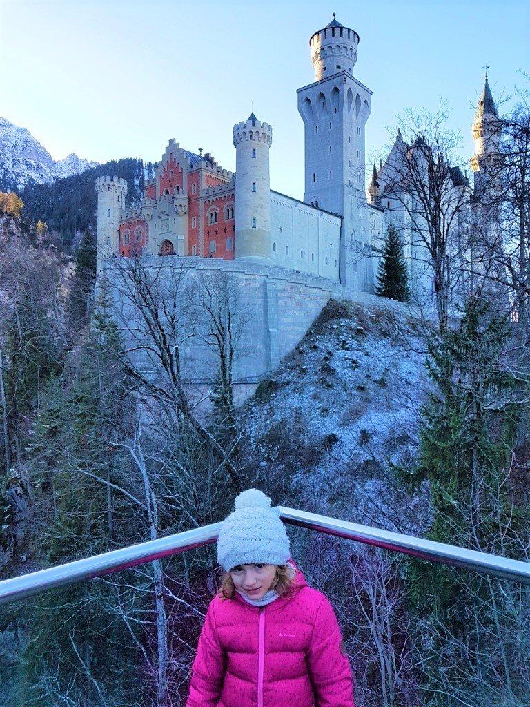 bambini al Castello di Neuschwanstein sulla Romantische Strasse