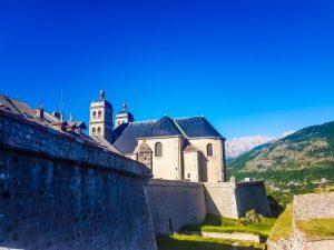 Le mura medioevali di Briancon in Francia