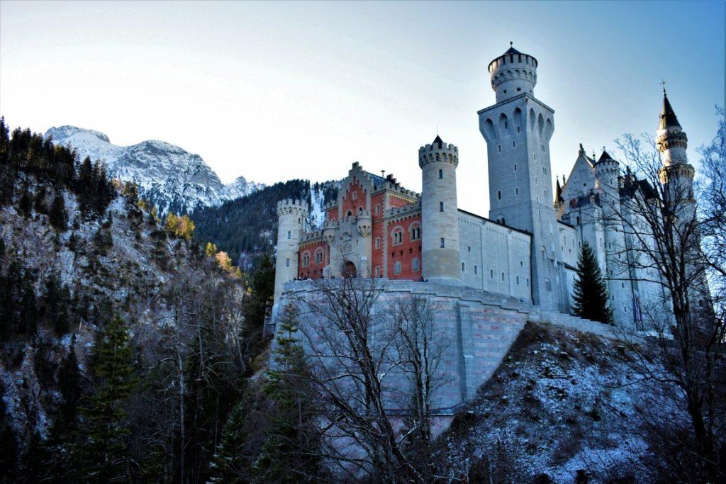 L'entrata al castello di Neuschwanstein