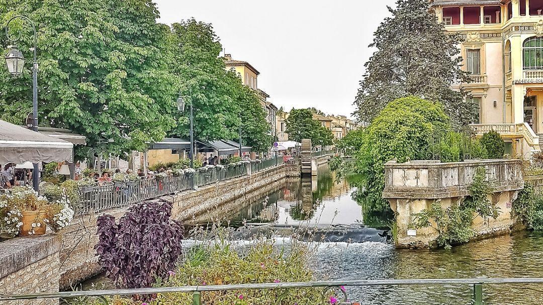 Isle-sur-la-Sorgue città della Provenza sui canali