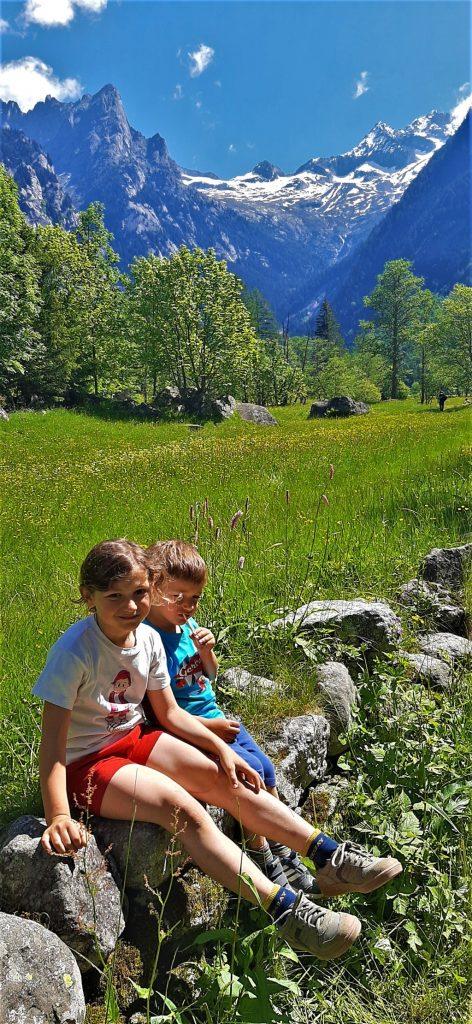 trekking con bambini in Val di Mello