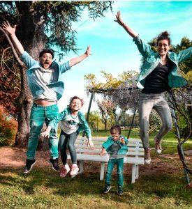 Foto famiglia acchiappamappa