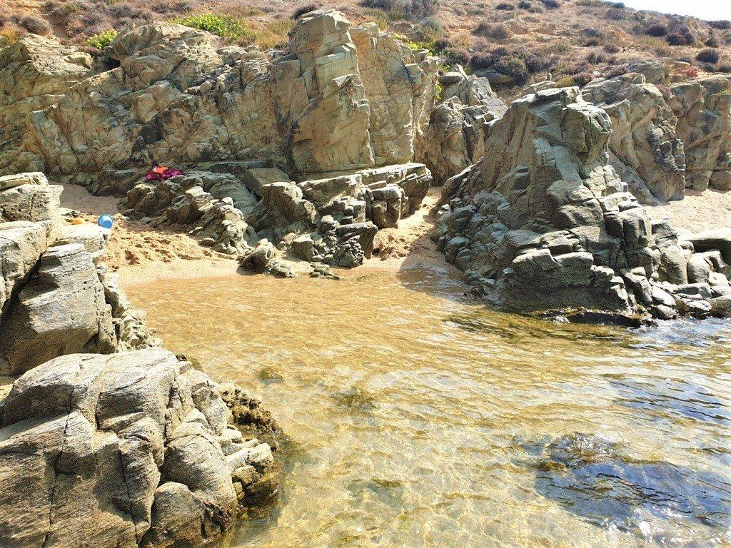 La spiaggia di Is Cannisonis nella Costa Verde Sardegna