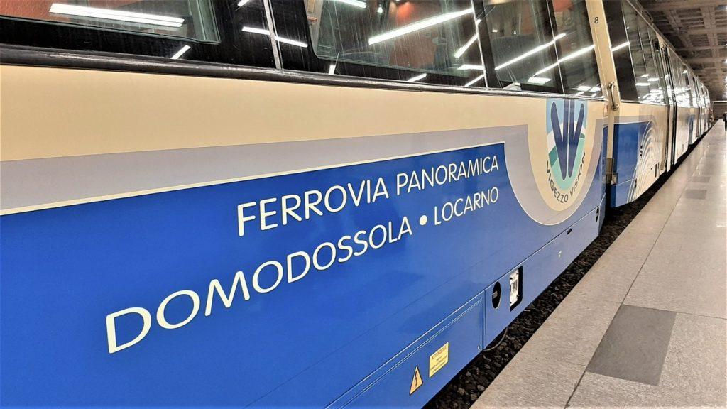 Le carrozze del treno panoramico della ferrovia Vigezzina Centovalli