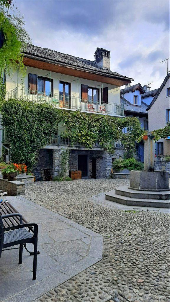 Casa Tomà nel borgo di Masera in Piemonte