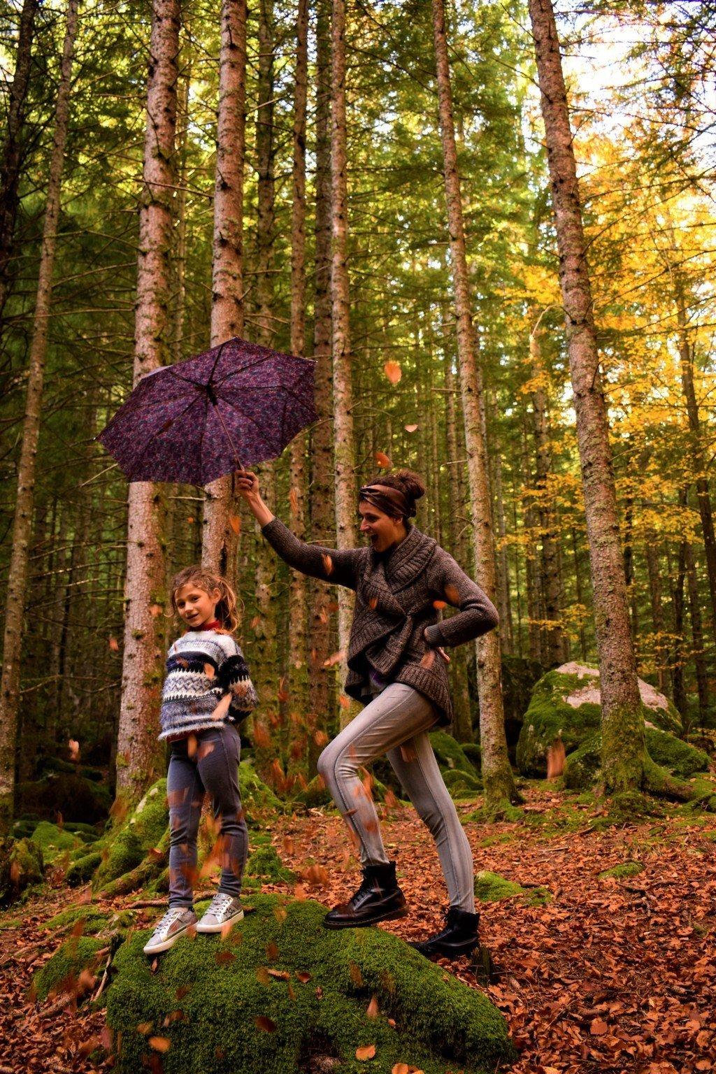 La Foresta dei Bagni di Masino in autunno con bambini