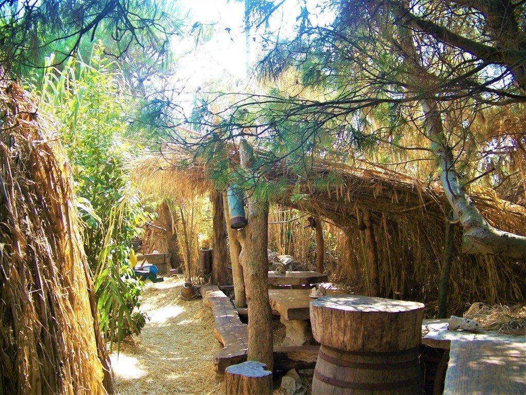Gli arredi del Bar Safari di Punta Kamenjak