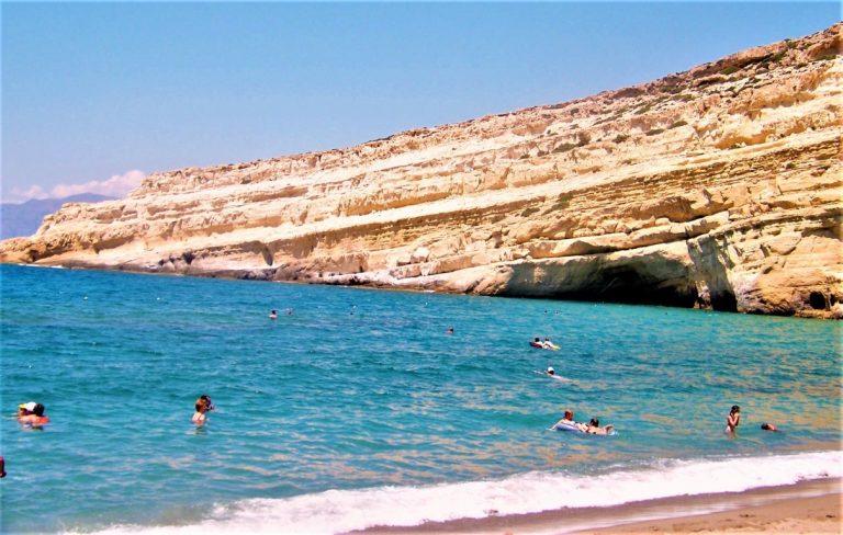 Matala Beach: la spiaggia degli Hippy a Creta