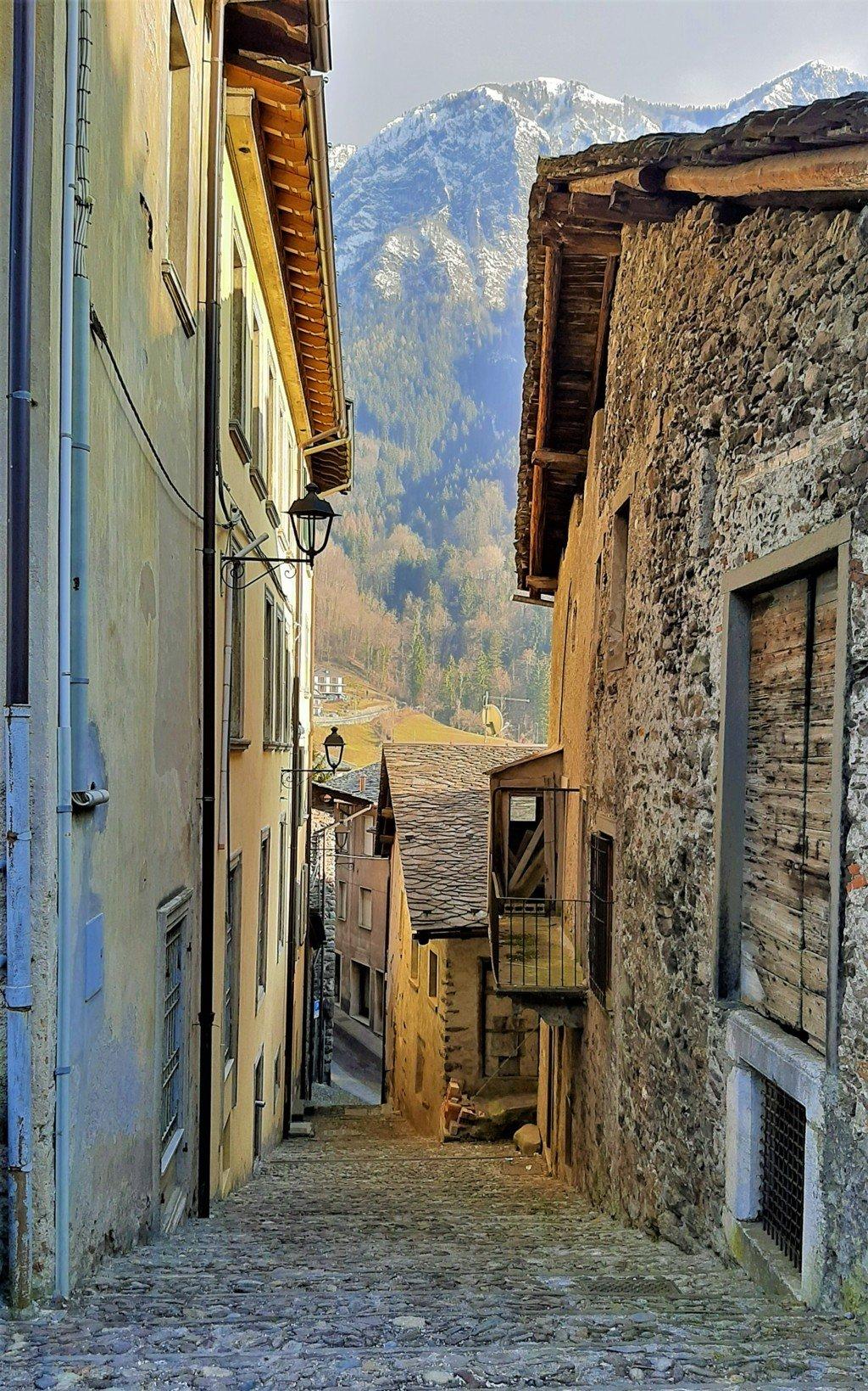 I vicoli di Gromo in Val Seriana