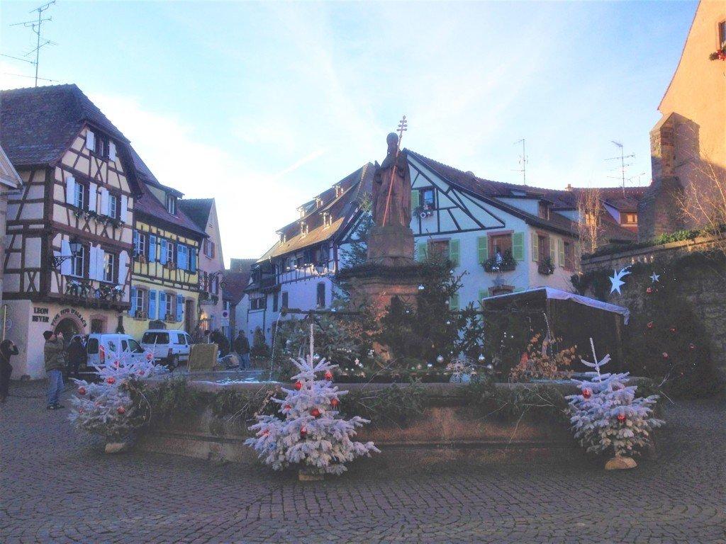 cosa vedere in Alsazia il borgo di Eguisheim