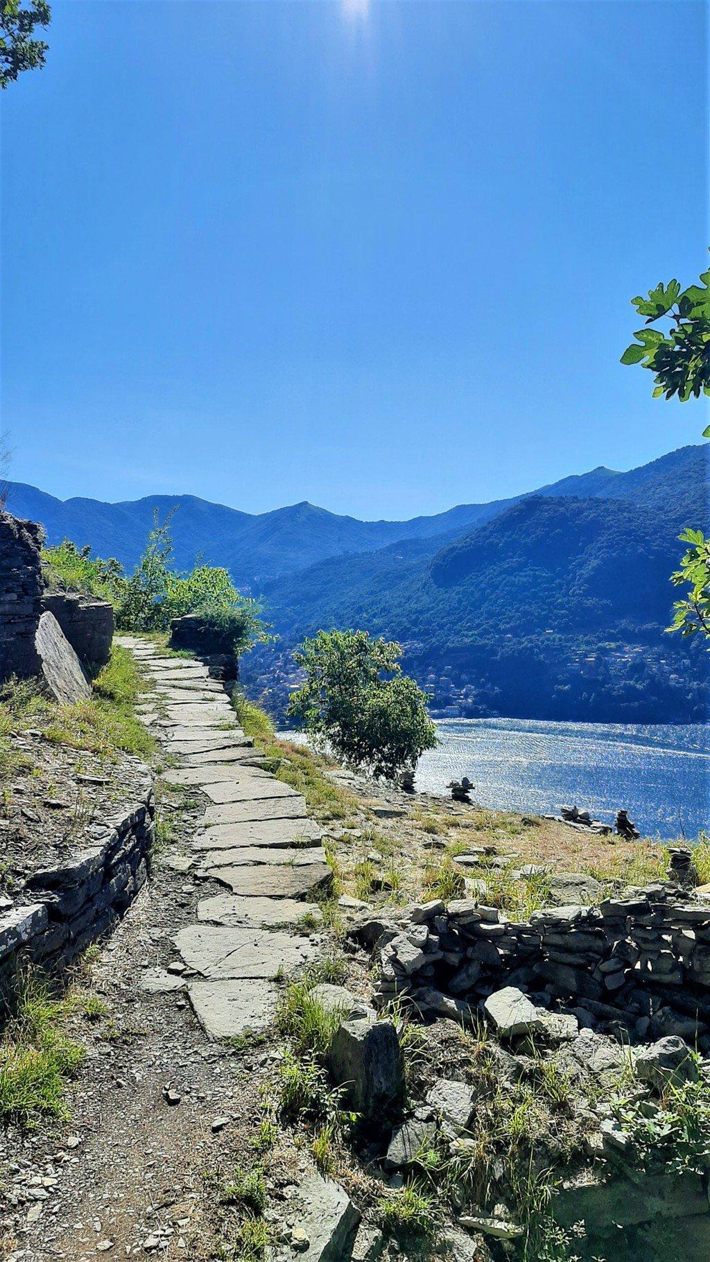 Il percorso del Sentee di Sort trekking sul Lago di Como