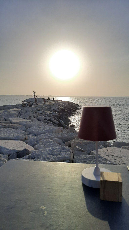 Il tramonto sul Molo di Levante a Rimini