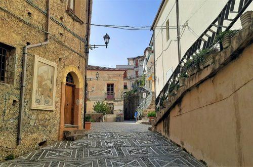 Il borgo di Buonvicino in Calabria