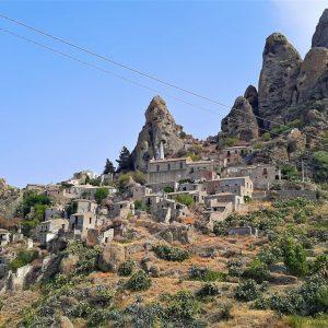 Il borgo fantasma di Pentidattilo in Calabria