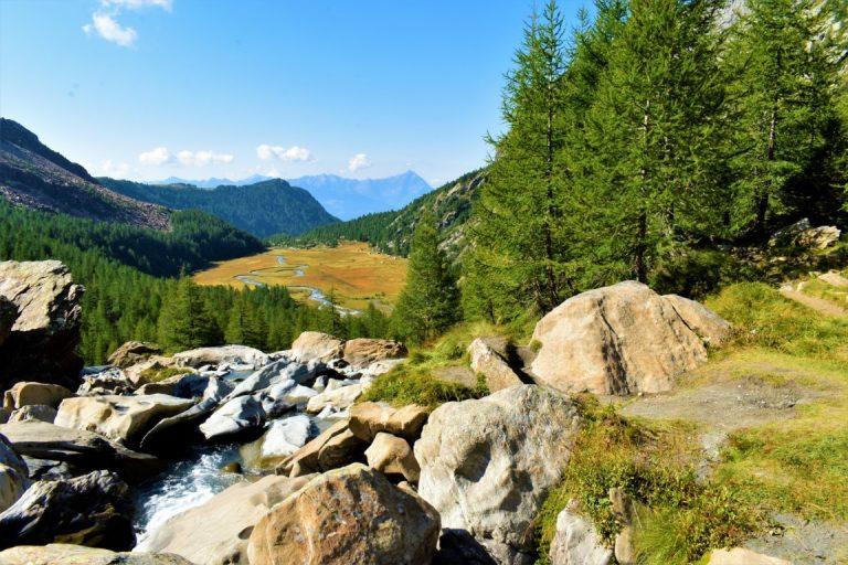 Preda Rossa Val Masino: trekking dalla piana al Rifugio Ponti